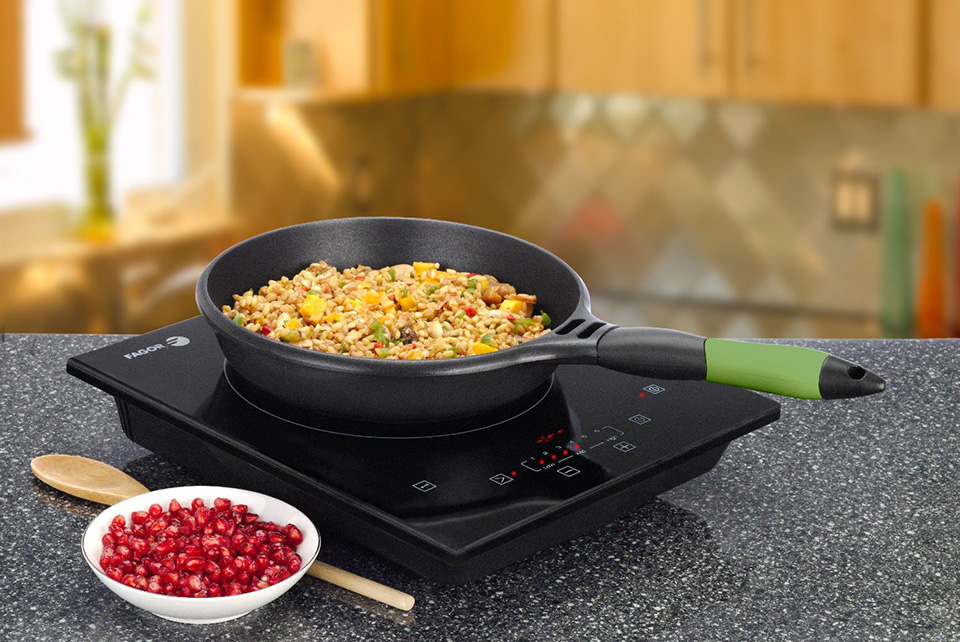 Tìm hiểu về bếp từ, bếp hồng ngoại, tại sao bếp âm lại mắc hơn bếp dương gấp nhiều lần